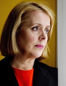 Hun har ansvaret for � holde Norge trygt. N� advarer hun mot flyktningstr�mmen