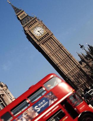 S� mye dyrere blir ferien din i USA, Storbritannia, Spania og Hellas