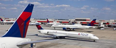 Er den travleste flyplassen i verden. Men nesten ingen skal til utlandet