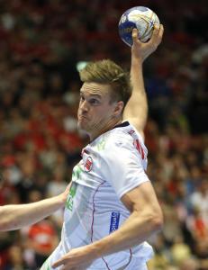 Håndballgutta nær seier i drama mot Danmark