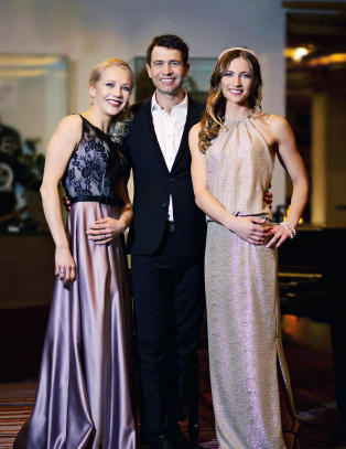 Bj�rndalen tatt imot som en popstjerne i Russland. Oppr�rt over klasseskillet
