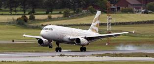 Pilot snudde flyet for at reisende ektepar skulle si farvel til sitt d�ende barnebarn