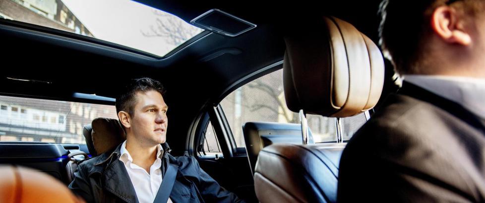 Uber-sjef Carl Edvard Endresen (34) vil fjerne mystikken rundt den omstridte appen