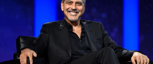 Clooney helt enig med Sanders-supporterne som protesterte mot Clinton-fundraiseren hans