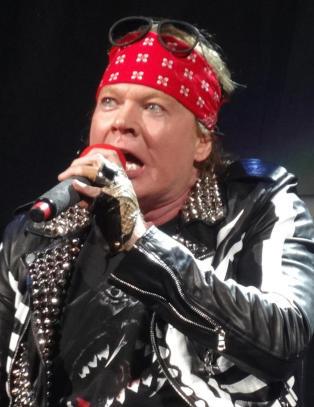 Axl Rose ny vokalist i AC/DC