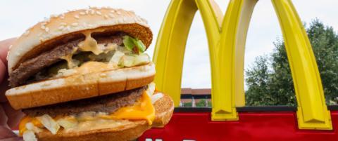 Sa nei til burger-sponsing. N� anklages Labour for snobberi: - McDonald's lager kanskje ikke falafel, men vanlige folk nyter det