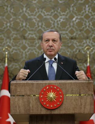 Ukeblad med konkurranse i Erdogan-forn�rmelser