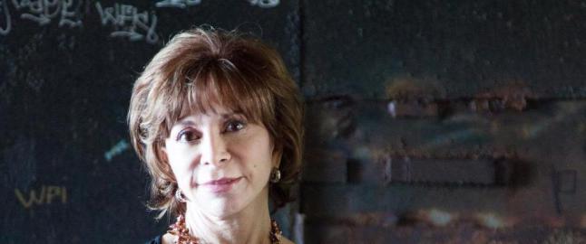 Nyskilte Isabel Allende (73) h�per hun snart f�r en elsker inn i livet sitt