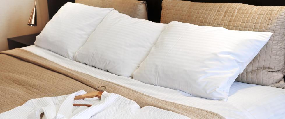 Dette b�r du vite neste gang du bor p� hotell: Ti ting du kan ta med fra rommet