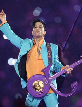- Har ingen indikasjoner p� at Prince tok sitt eget liv