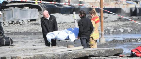 Politiet vet ikke hvem den d�de mannen i r�ret er