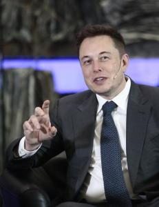 Spetalen og Musk rykende uenige om elbilens fremtid