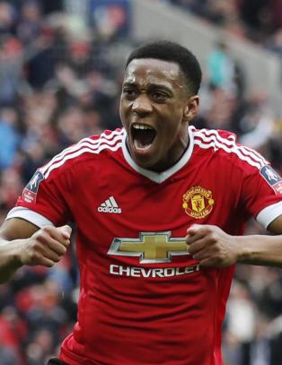 Martial sendte United til Wembley