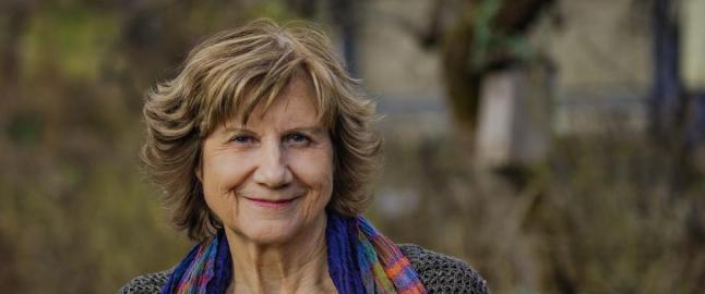 Gerd-Liv Valla (68) mener arbeider�bevegelsen er tatt av h�yreb�lgen