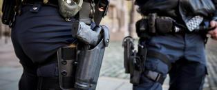 Vurderer ny bev�pning av norsk politi etter IS-trussel mot Sverige