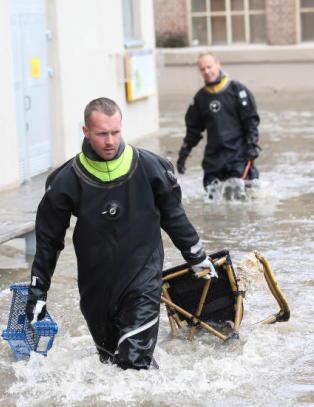 Slik blir klimakatastrofen i Europa: Eksplosjon av flom, brann og tørke