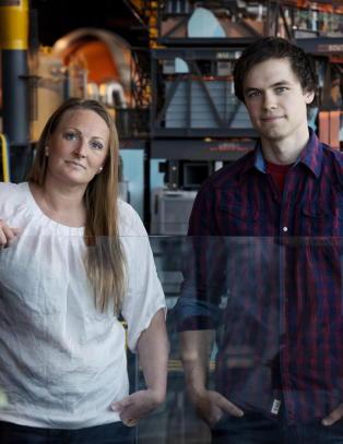 Marit og Mats ble begge arbeidsledig. Ekspert: - Det er garantert at langt flere skal miste jobben