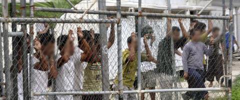 Forvaringsleiren for flyktninger p� Manus Island er beordret stengt. Hva skal Australia gj�re n�?