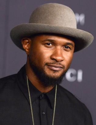 Usher viste litt mer enn planlagt på Snapchat