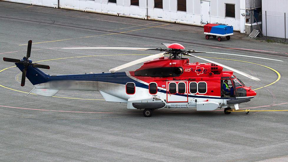 ULYKKESHELIKOPTERET: Dette er helikopteret som styrtet ved Turøy i Hordaland i går formiddag. Foto: Kristoffer Rivedal