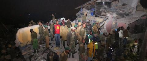 Sju etasjers bygning kollapset i flomv�r
