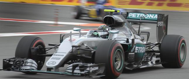 Rosberg tok beste startspor i Sotsji
