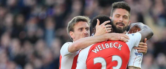 Welbeck sikret topp-fire for Arsenal mens fansen protesterte mot Wenger