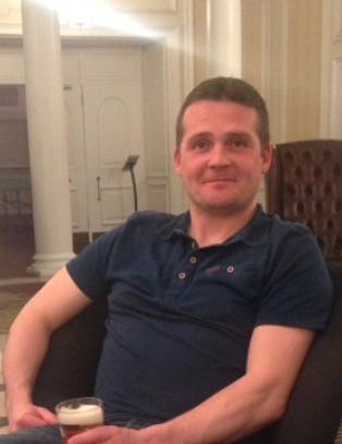 Iain (41) fra Skottland omkom i helikopterstyrten