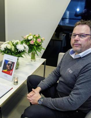 Tre timer etter helikopterulykken ble deres verste mareritt virkelighet. N� minnes kollegaene Kjetil (51)
