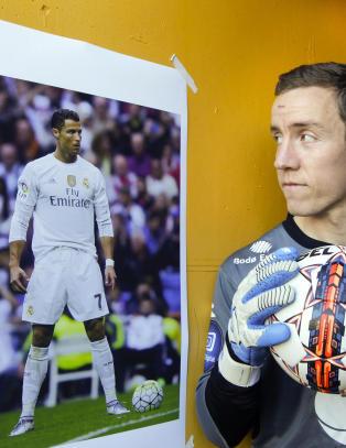 - Det kan f�les ubehagelig n�r Ronaldo stiller seg opp