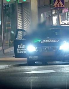 Her hjelper taxisj�f�rene kunder � kj�pe sex