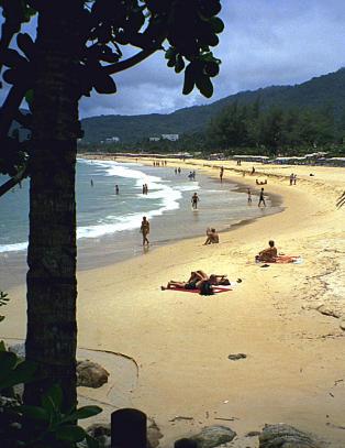 Guven�rens b�nn til Thailand-turistene: - F�lg lovene i Phuket