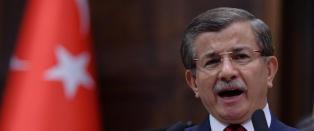 - Tyrkias statsminister vurderer � trekke seg