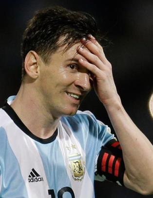 Argentinsk sportskanal latterliggj�r Trumps innvandringssyn i fotballreklame