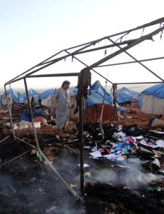 Minst 30 personer drept i luftangrep mot flyktningleir i Syria