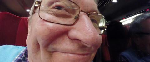 Marks pappa (69) rettet kameraet feil vei under hele ferieturen