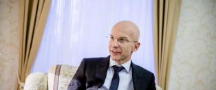 Steinfeld hyller Pavlovskij: -  Har v�rt en str�lende ambassad�r i en vanskelig tid
