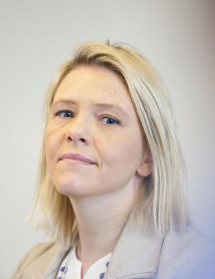 Svensk topp-politiker med r�d til Sylvi Listhaug: - G� av