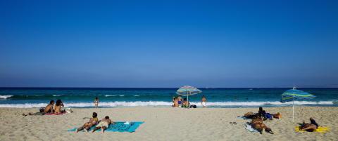 Popul�re spanske turist�yer vurderer � innf�re bilnekt i sommer