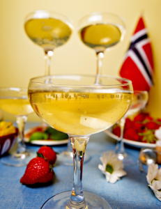 Fem forfriskende champagnedrinker til 17. mai-festen