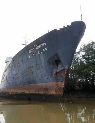 Slik endte flagg�skipet �Kong Olav� i en tropisk sump