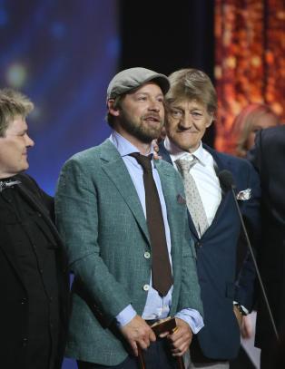 Lot t�rene trille da �Petter Uteligger� tok kveldens f�rste pris