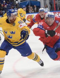 Norge raser etter hockeydrama mot Sverige: - En stor dommerskandale