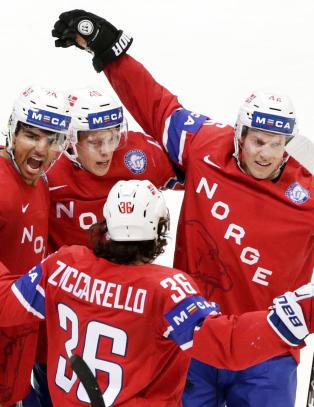 Sjokkbeskjed til hockey-gutta: Norge kan rykke ned likevel