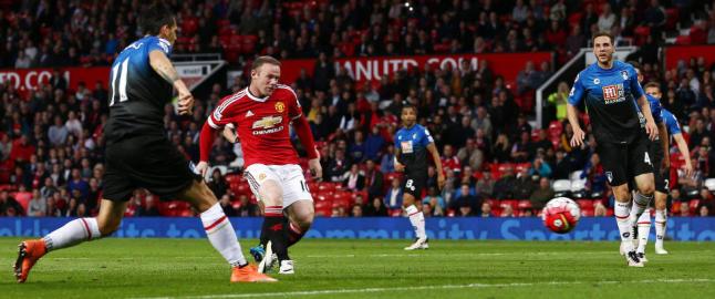 Magisk Rooney skrev historie p� Old Trafford