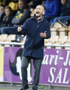Gir seg selv ti �r - s� blir han pensjonist i Spania