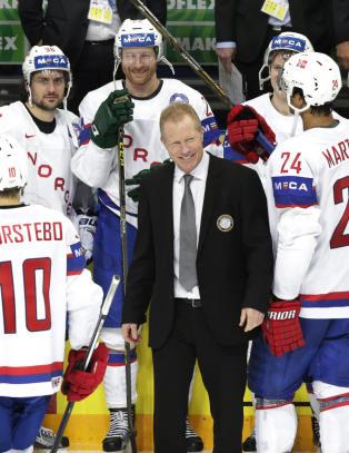 Roy Johansen gir seg etter femten �r: - Vi spiller bedre hockey enn noen gang