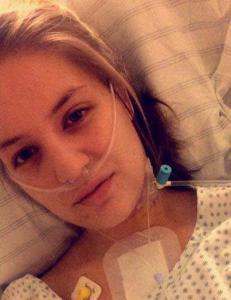 Helen (20) kollapset på banen. Hjertet stanset i tolv minutter. - Kan takke en viss person for at jeg lever