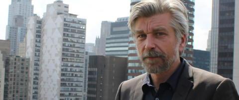 Knausg�rd sl�r tilbake mot nazi-kritikken