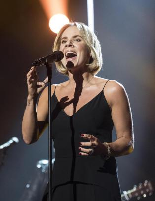 Da dommerne selv tok mikrofonen under �Idol�, eksploderte det p� Spotify